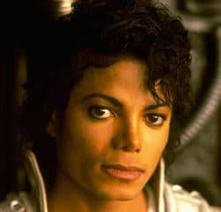 Participez à l'anniversaire de Michael jackson 13