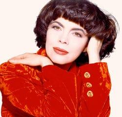 Mireille Mathieu célèbre ses 50 ans de carrière 11