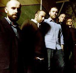 Mogwai jouera l'album <i>Atomic</i> aux Nuits Sonores 8