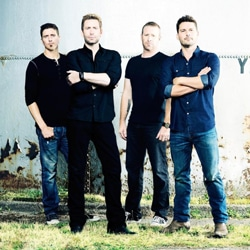 Nickelback le 8 novembre 2015 au Zénith de Paris 5