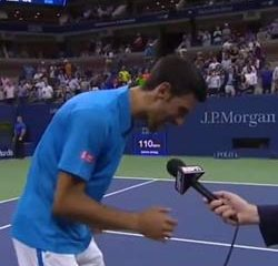 VIDEO : Novak Djokovic chante un titre de Phil Collins 10