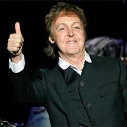 Un couple se fiance durant le concert de Paul McCartney 5