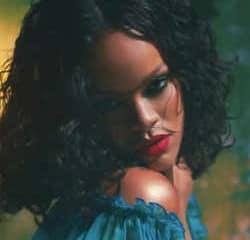 Rihanna lance un appel à Emmanuel Macron 8