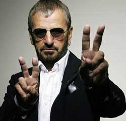 Ringo Starr de retour avec un nouvel album en mars 7