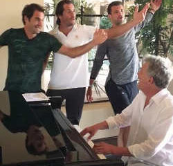 Roger Federer et Novak Djokovic se lancent dans la chanson 6