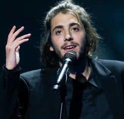 Le vainqueur de l'Eurovision 2017 hospitalisé d'urgence 5