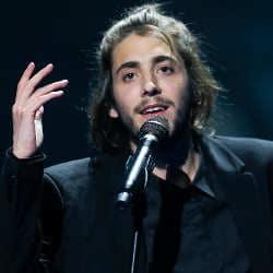 Le vainqueur de l'Eurovision 2017 hospitalisé d'urgence 6