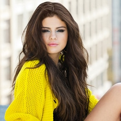 SELENA GOMEZ Come & Get It 5