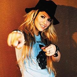 Shakira bosse pour Obama 5