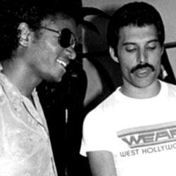 Michael Jackson et Freddie Mercury 5