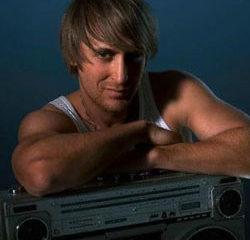 David Guetta roule pour Britney Spears 5