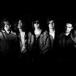 Les Strokes sortent leur nouvel album le 21 mars 7