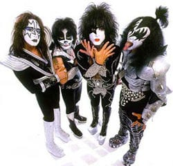Kiss 7