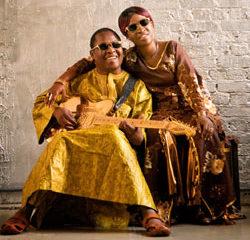 Amadou & Mariam Le clip Masiteladi 18