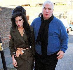 Amy Winehouse : Son père suit ses traces 14