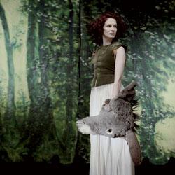 Claire Diterzi Le clip Tableau de chasse 5