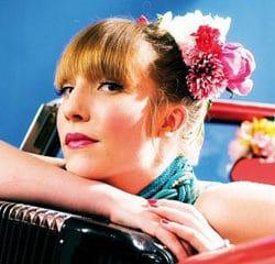 Zaza Fournier Le clip Mademoiselle 21