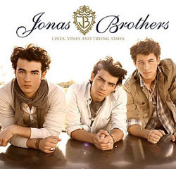 Jonas Brothers, un trio pop made in USA 18