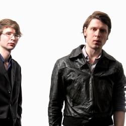 Kissogram en tournée avec Franz Ferdinand 5