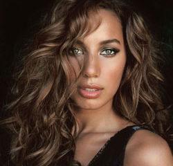 Leona Lewis revient avec un nouvel album 10