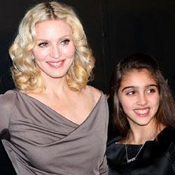 Madonna présente sa fille sur scène 5
