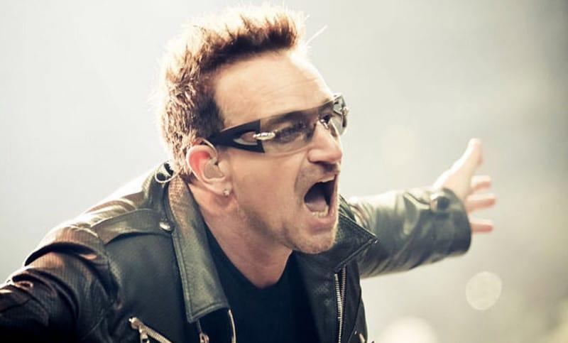 Bono furieux après les scandales de harcèlement dans son ONG One
