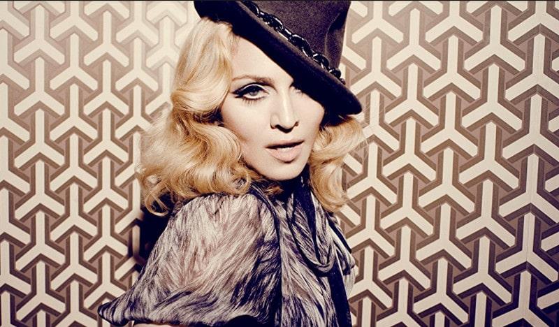 Madonna aurait dû chanter au Louvres le soir de la victoire d'Emmanuel Macron