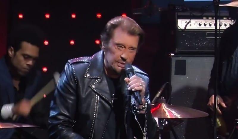 Le jour où cette star à sortie Johnny Hallyday, insolvable, de la merde