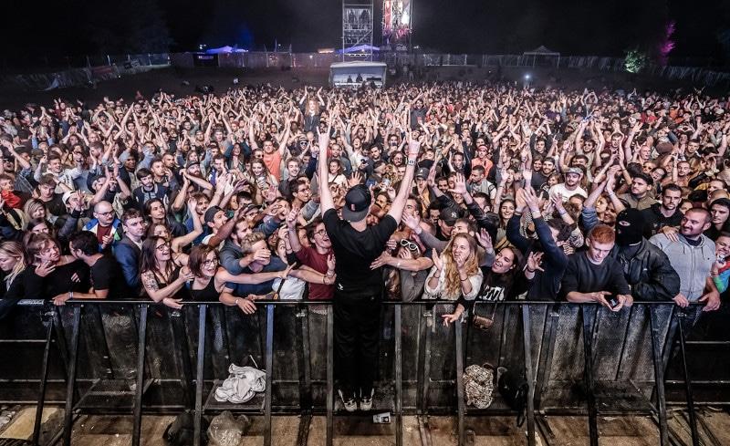 Le Festival Woodstower a célébré ses 20 ans avec plus de 33 000 festivaliers, un record dans l'histoire du festival.