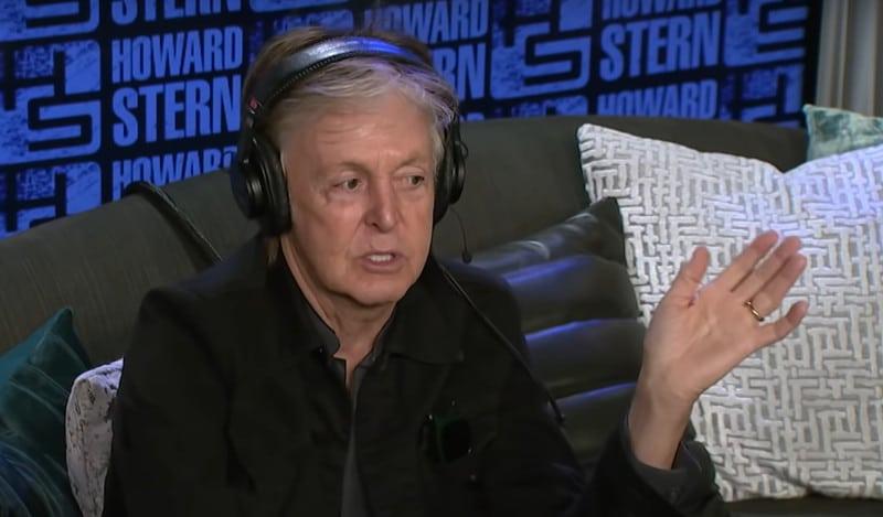 Dans une interview accordée au Parisien, Paul McCartney a confié être aller se recueillir sur la tombe de Johnny
