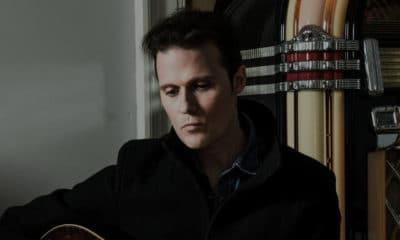 """Jon Fratelli de retour avec l'album """"Bright Night Flowers"""""""