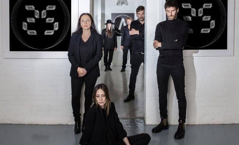 Le groupe Archive fête ses 25 ans de carrière avec un album rétrospectif