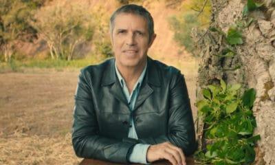 Julien Clerc livre ses impressions sur son rôle de coach dans The Voice