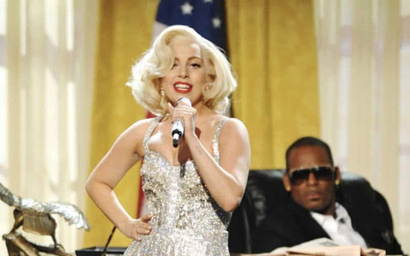 Lady Gaga retire son duo avec R. Kelly des plateformes de musique en ligne