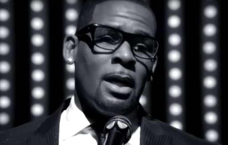 Le chanteur R. Kelly une nouvelle fois accusé de pédophilie