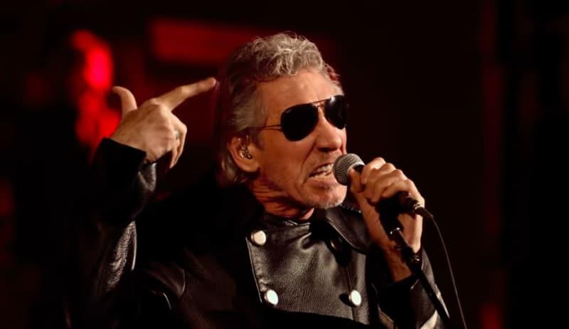 Roger Waters permet à 2 enfants détenus par l'État islamique de retrouver leur mère