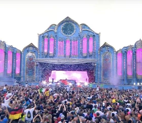 Le festival Tomorrowland s'installe dans les Alpes françaises