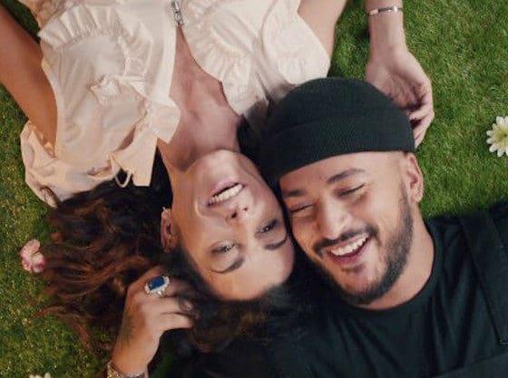 Jenifer dévoile le clip de son titre « Les choses simples » en duo avec Slimane