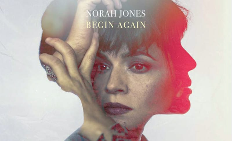 "Norah Jones sort ""Begin Again"" comprenant 7 chansons inédites"