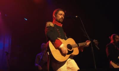 "The Divine Comedy de retour le 7 juin avec l'album ""Office Politics"""