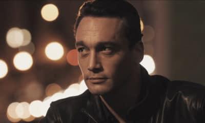 Jean-Baptiste Guegan, dévoile le clip du titre « Retourner là-bas »