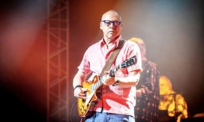 Mark Knopfler : Papy fait de la résistance à Guitare en Scène