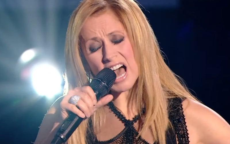 Confinée au Canada, Lara Fabian ne sera pas aux côtés des coachs de The Voice