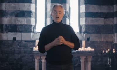 Andrea Bocelli sort une version hallucinante de Hallelujah